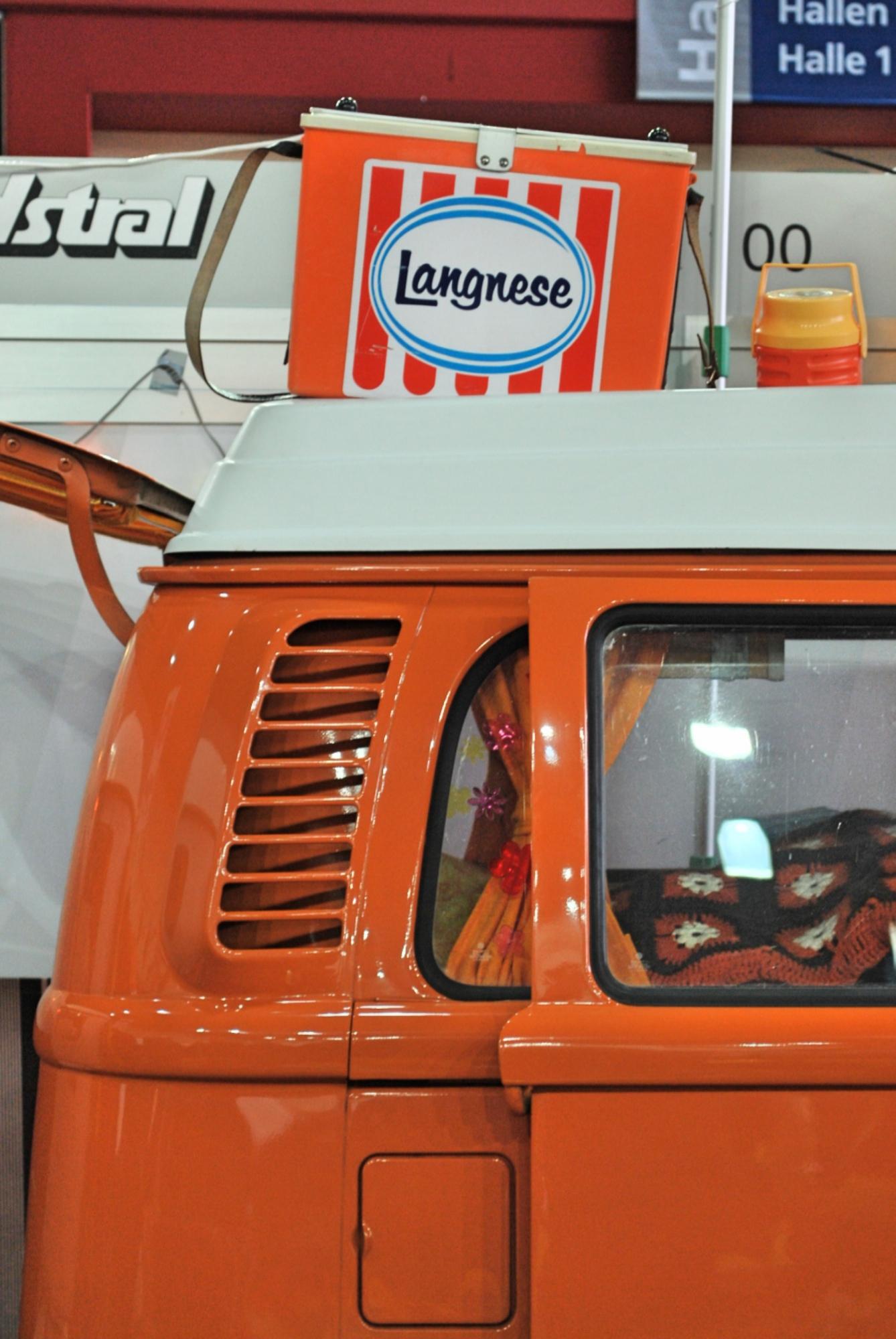 Volkswagen T1 Camper mit zeitgenössischer Ausstattung