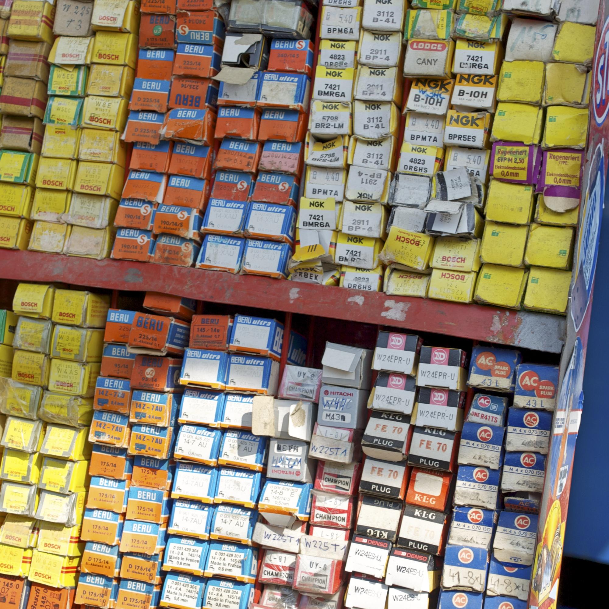 Teilehändler Zündkerzen