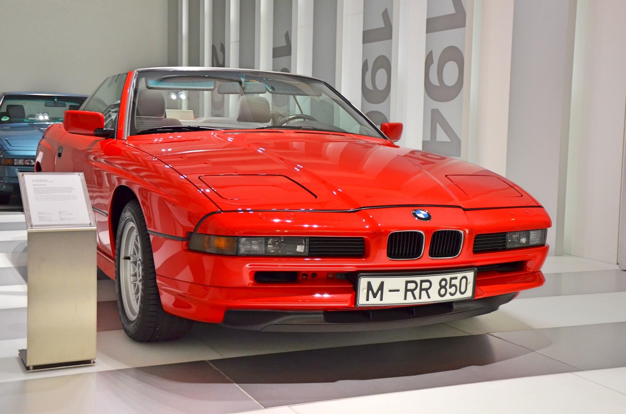BMW 850 Cabriolet