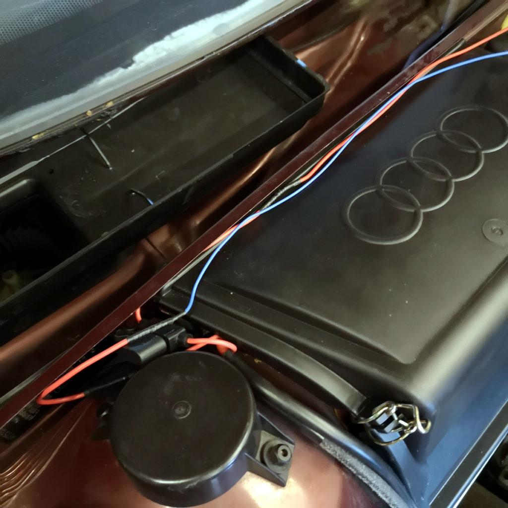 Batteriekasten Audi 80 B3 Typ 89