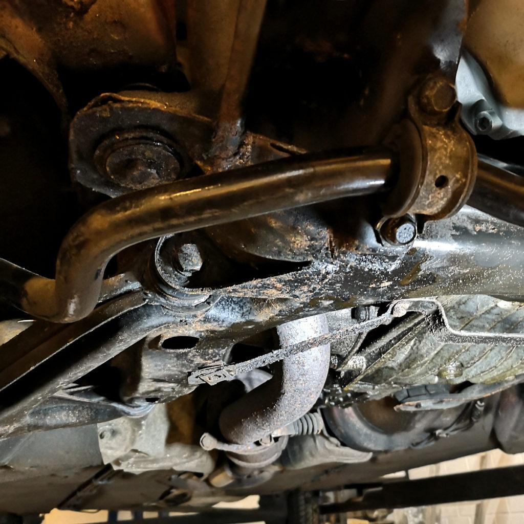 Unterboden Audi 80